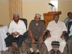 https://somaliswiss.files.wordpress.com/2007/10/odayaasha-hawiye.jpg?w=640&h=384