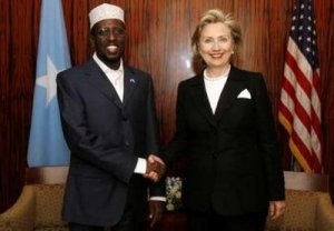 US Secretary of State Hillary Clinton (R) and Somali President, Sheikh Sharif4
