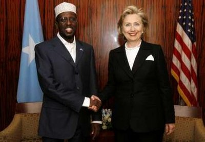 US Secretary of State Hillary Clinton (R) and Somali President, Sheikh Sharif4