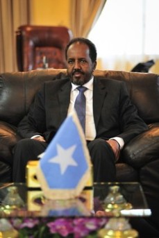 Somalia's President Hassan Sheikh Mohamud meets with members of the IGAD in Mogadishu