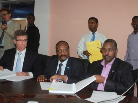 Heshiis  Somalia & Britain.jpg1