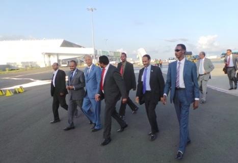 Ra'iisal-waasaraha tegay Addis Ababa.jpg1