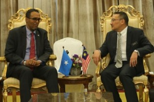 Somalia iyo malesia